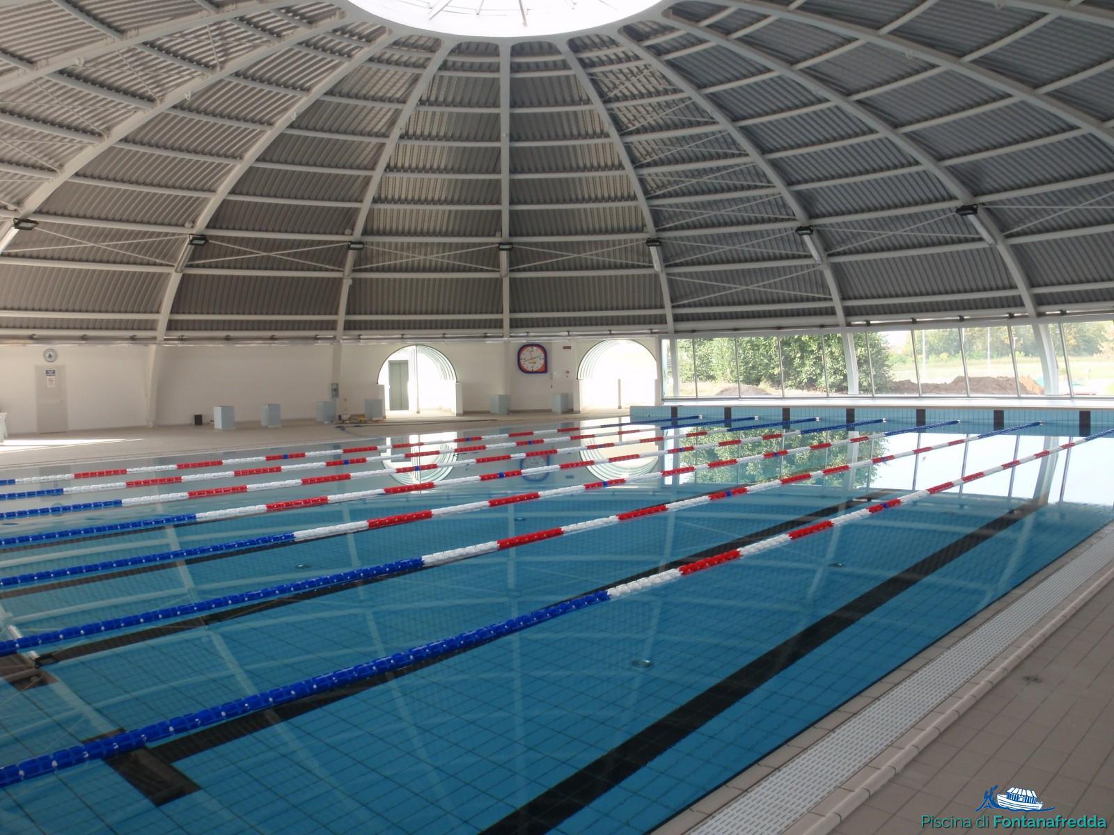 Vasca Da 25 Metri Tempi : Vasche ed impianto sportivo piscina di fontanafredda